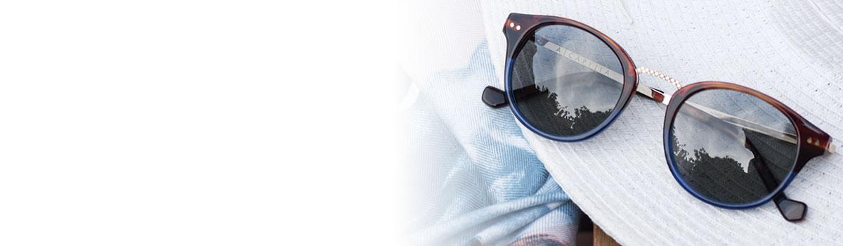 909a6285e4 Logo Alianza Sombrero con gafas de sol